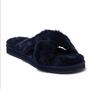 *NEW* Koopaburra by UGG slippers
